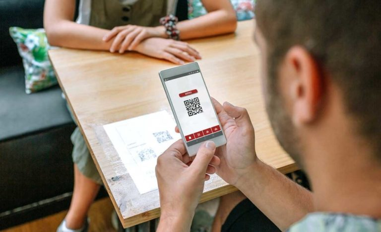 Pourquoi investir dans un menu digitalisé