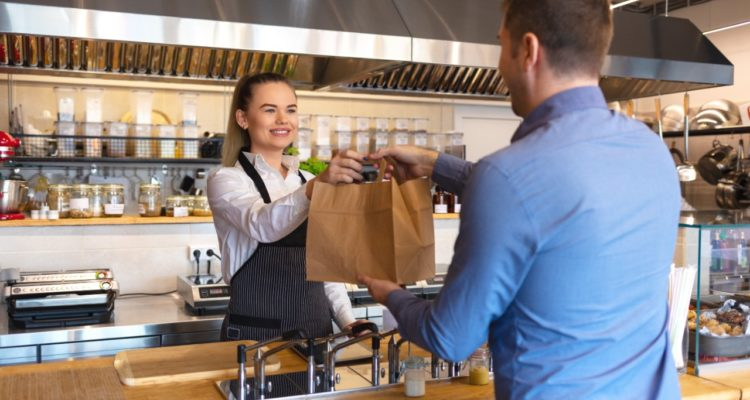 Assurer le bon déroulement de récupération commande en click and collect restaurant