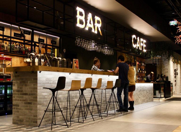 Stratégies marketing pour attirer plus de clients dans votre bar